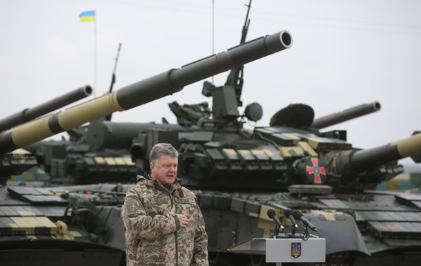 Порошенко: Быстро вернем танки на позиции