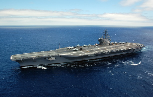 США направляють три авіаносці до берегів Південної Кореї