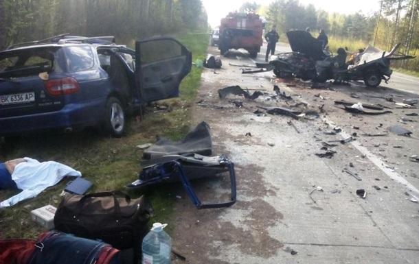 ДТП на Житомирщині: п ять жертв, двоє постраждалих