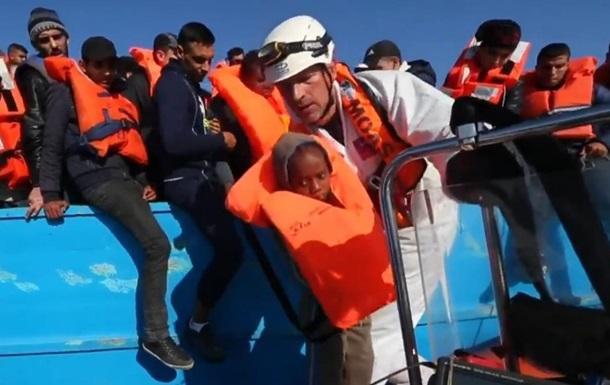 В Средиземном море за три дня спасли почти десять тысяч человек