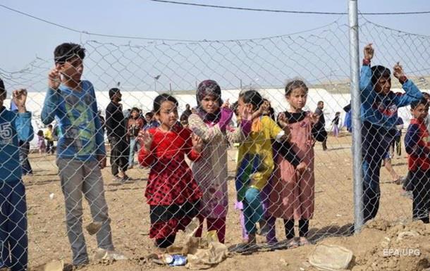 Розбитий США Мосул залишили сотні тисяч біженців