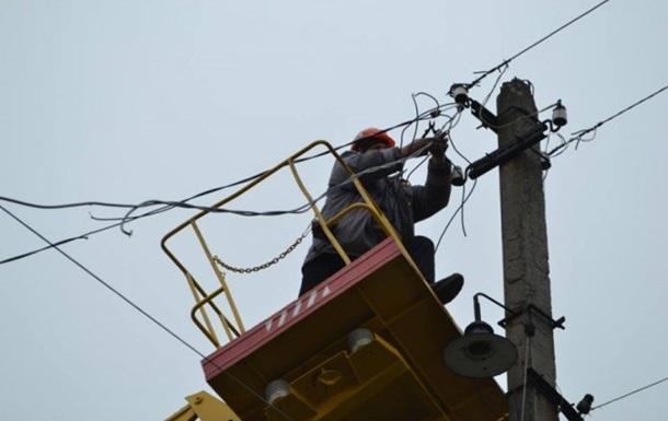 Без света остаются 152 села - спасатели