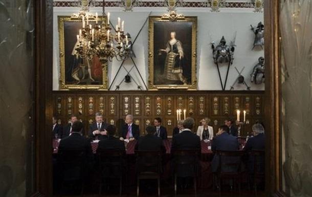 Поездка Порошенко в Великобританию пустая