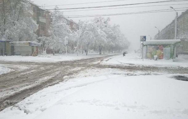 У Харкові через сніг знеструмлено більше тисячі будинків