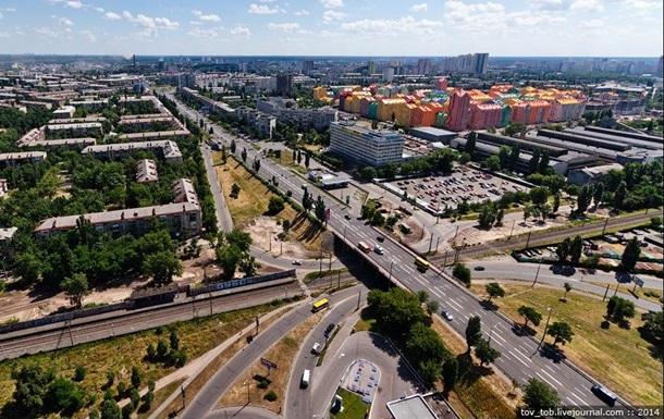 У Києві обмежать рух на проспекті Соборності
