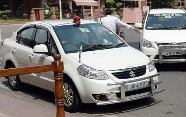 В Індії чиновникам заборонили користуватися мигалками