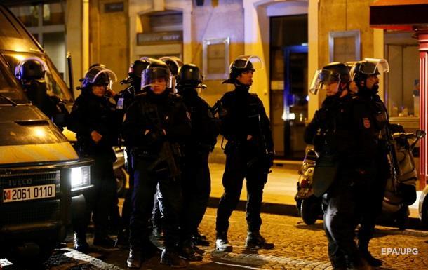 Появилось видео нападения на полицейских в Париже