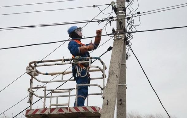 Без света в Украине более 300 сел в шести областях