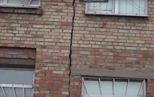 У Херсоні впала стіна житлового будинку
