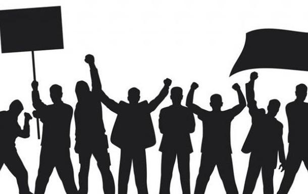 Знову в центрі уваги «чесна» громадська організація!