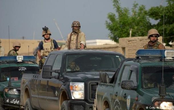 Кількість жертв атаки на військову базу в Афганістані перевищила сотню