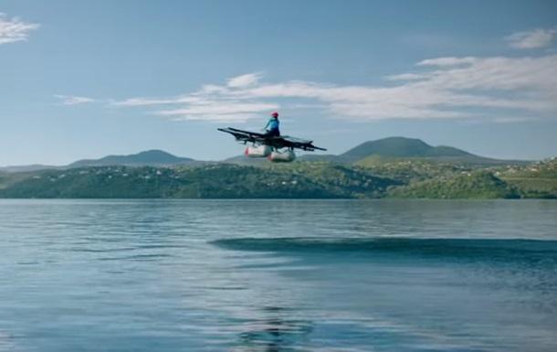Ларрі Пейдж показав своє перше  літаюче авто