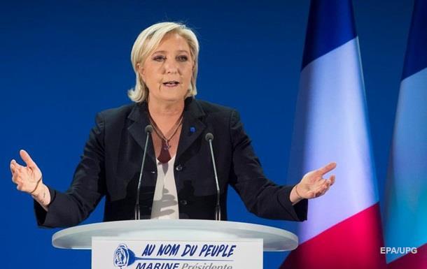 Олланд закликав наддати задля поразки Марин Ле Пен