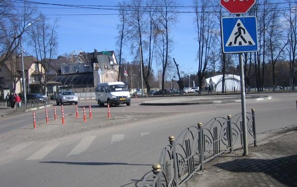 В Украине действуют новые правила движения