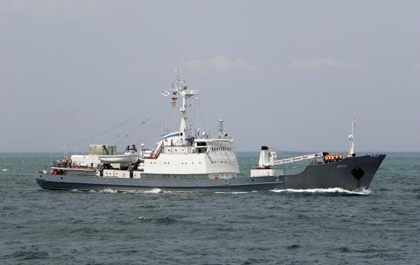 Команда затонулого корабля РФ знищила секретне устаткування - ЗМІ