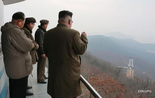 Пхеньян показав, як знищить авіаносець США