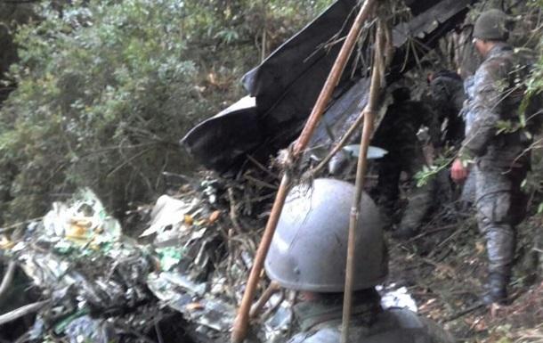 У Колумбії розбився літак: загинули восьмеро військових