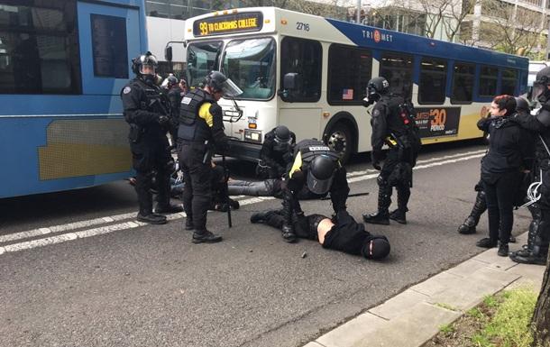 Травневі демонстрації у США закінчилися арештами