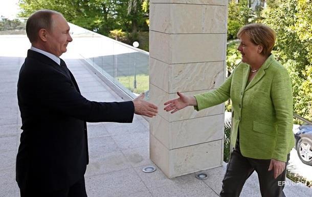 Меркель прибула в Сочі на переговори з Путіним