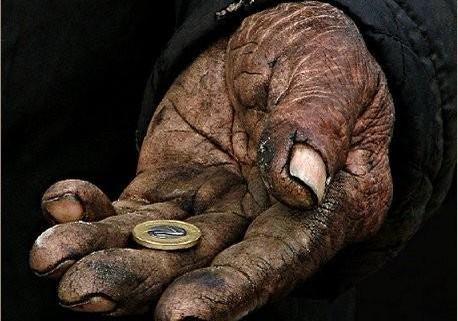 «Жить то как!?», - старики о новой пенсионной реформе в Молдавии.