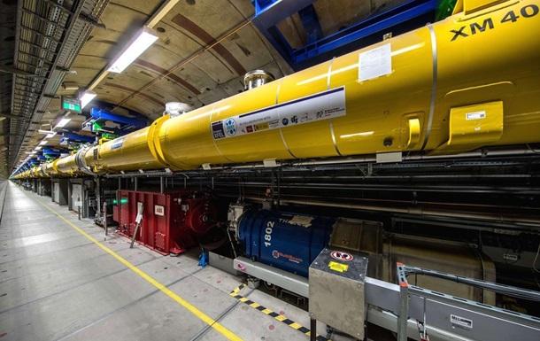 Найбільший у світі лазер здійснив перший постріл