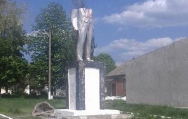 В Одеській області  обезголовили  Леніна