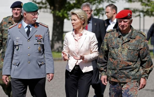У Німеччині перевірять казарми на наявність нацистської атрибутики