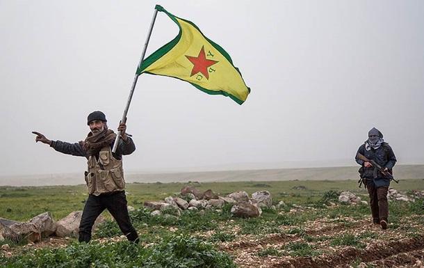 Турция просит США не давать оружия курдам Сирии