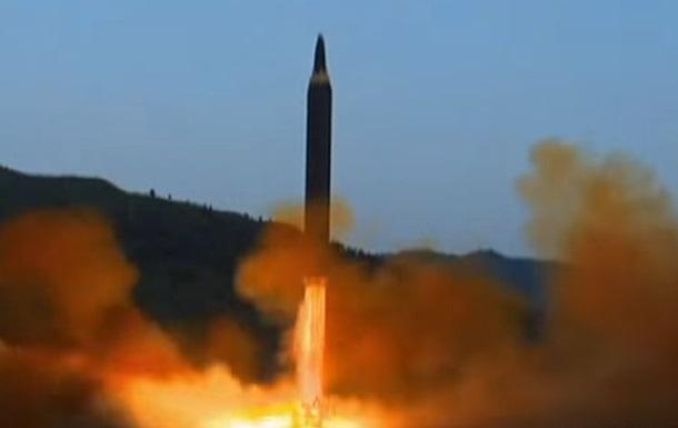 З явилося відео запуску нової ракети КНДР