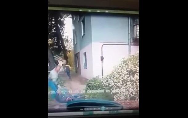 Стрілянина по таксисту  охоронцем Яроша : відео