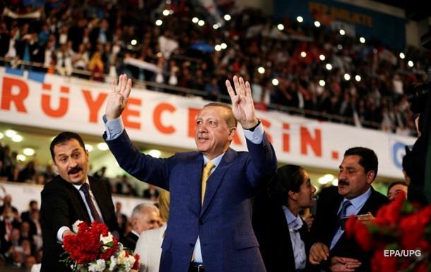 Ердоган знову очолив керівну партію Туреччини