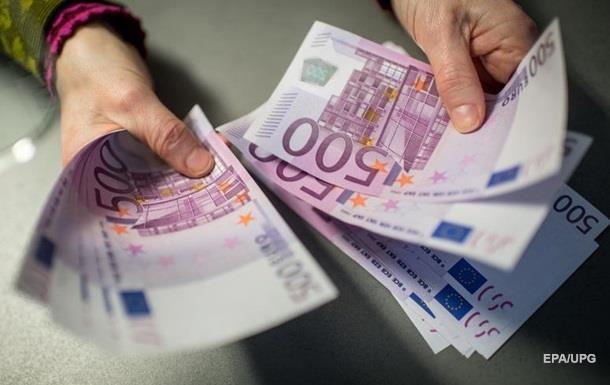 НБУ рекомендував бізнесу перейти на розрахунки в євро