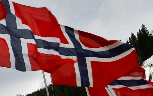 Норвегия направит в Литву военную технику
