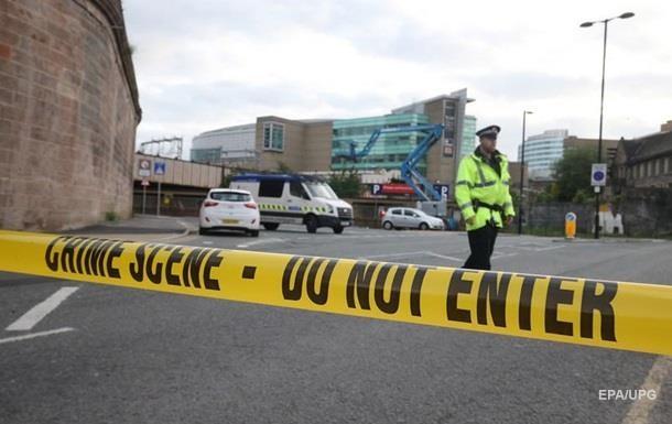 Взрыв в Манчестере: арестованы трое подозреваемых