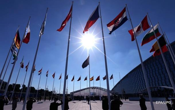 Наступний саміт НАТО відбудеться 2018 року