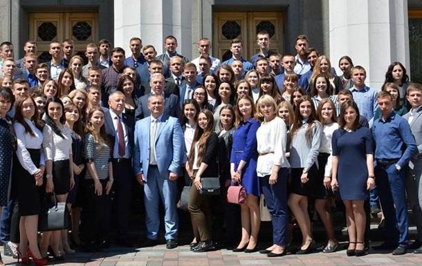 Верховна Рада України зустріла студентів ВНАУ