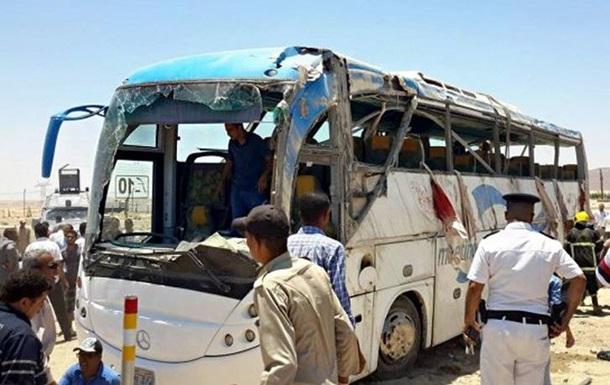 В Єгипті напад на християн: десятки вбитих