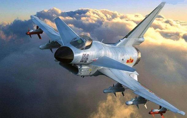 США звинуватили китайських льотчиків у небезпечному перехопленні літака