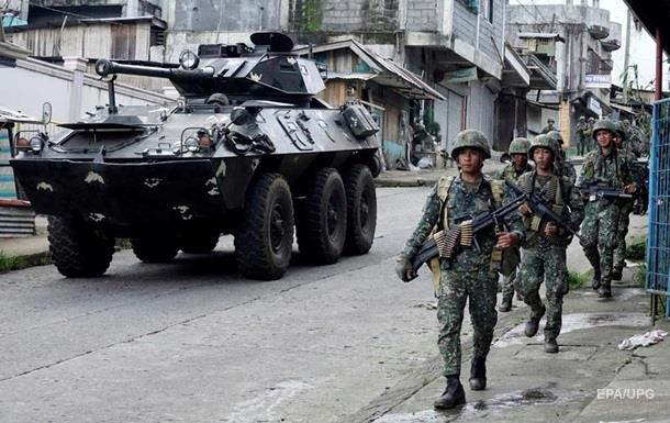 На Філіппінах бої з ІДІЛ: понад 100 загиблих