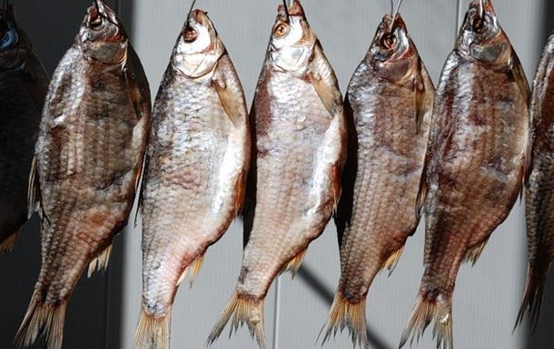 У Києві заборонили продаж в яленої риби