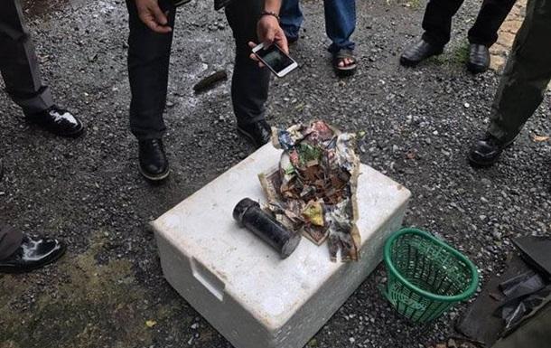 Біля метро в Бангкоку знайшли саморобну бомбу