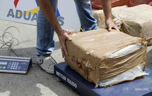 Біля узбережжя Мексики виловили більше тонни кокаїну