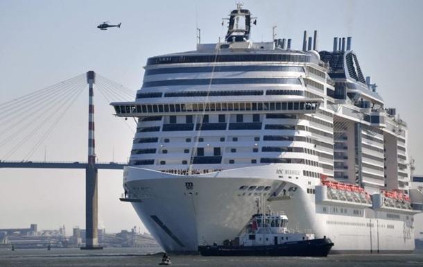 Найбільший круїзний лайнер Європи виходить у море