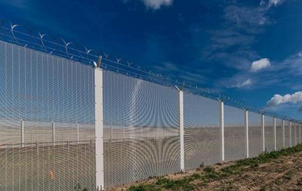 Литва почала будувати паркан на кордоні з РФ