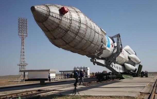 Россия запустила ракету Протон после годового перерыва