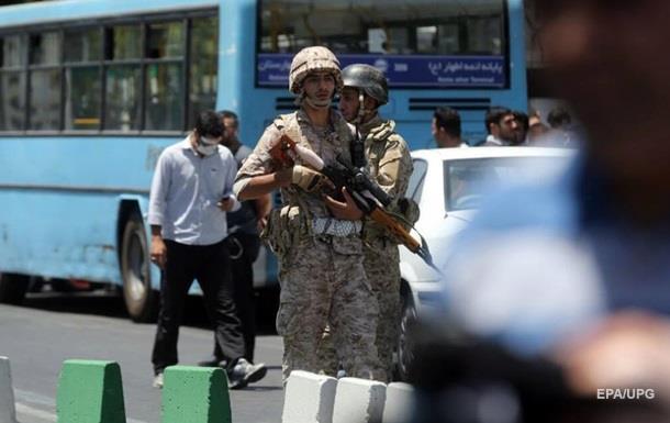 Кількість жертв терактів у Тегерані досягла 16 осіб