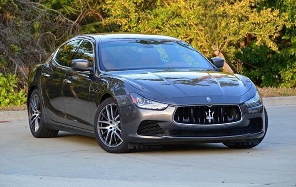 Львівський податківець пішов у декрет і купив Maserati