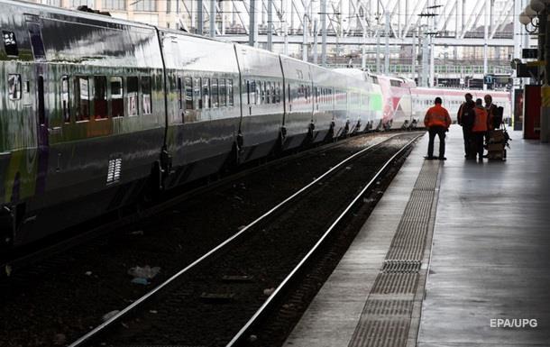 Актора, який репетирував у туалеті поїзда, затримали як терориста