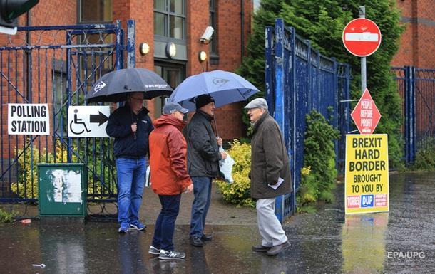 У Великобританії на парламентських виборах лідирують консерватори