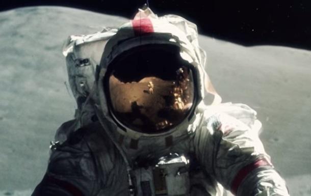 Фильм о полете на Луну создали из тысяч фото